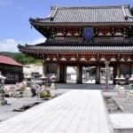 厳かな雰囲気漂うパワースポット【恐山菩提寺・宇曽利山湖】