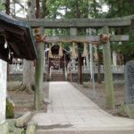 パワースポット!境内の小川には橋をかけない「先宮神社」を紹介
