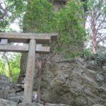 パワースポット!巨大の溶岩!亀岩の立岩神社を紹介